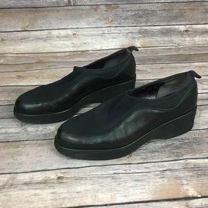 Donald J Pliner Black Slip-On Flats